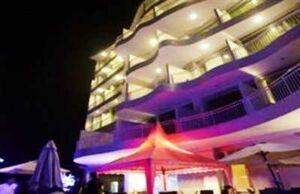 Promo Hotel Pohon Inn Jatim Park - Pohon Inn Hotel Exterior
