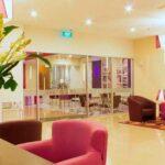 Fave Hotel Braga Bandung Lobi dan Lounge