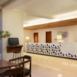 Holiday Inn Bali Kuta Square Lobi Hotel