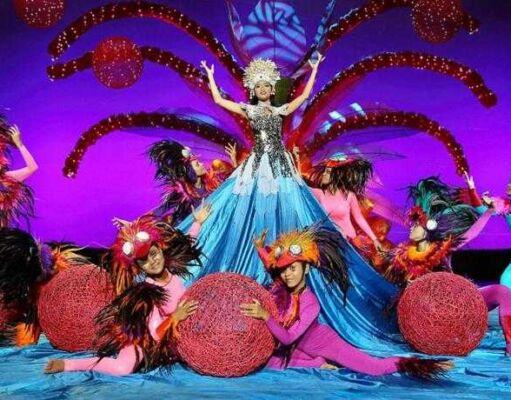 Bali Agung Show Pertunjukkan teater Bali Safari Marine Park