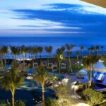 W Retreat & Spa Bali Hotel di Tepi Pantai Seminyak Night