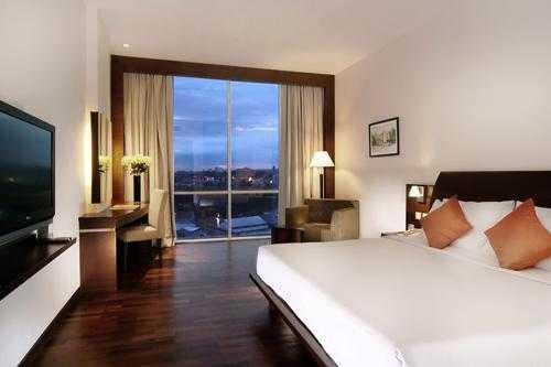 Menginap di hotel luxton bandung ini promonya diskon 50 for Dekor kamar hotel di bandung
