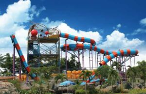 Bomerang Slider salah satu wahana seluncuran pertama di pulau jawa