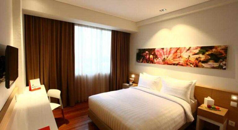 Kamar-kamar yang teduh menambah kenyamanan saat beristirahat.