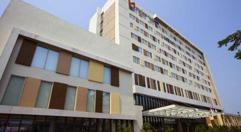 Gedung Hotel Swiss-Belhotel