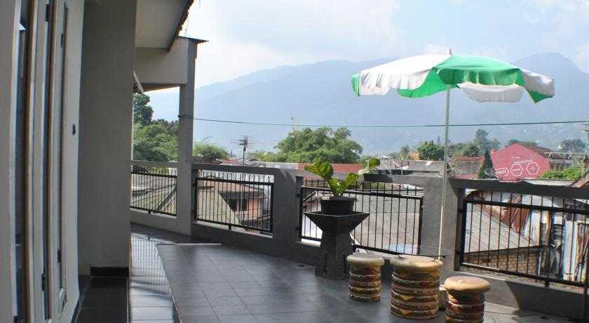 Arwana Safari Hotel salah satu budget dengan tarif murah dan terjangkau di Cisarua Puncak.