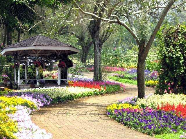 Taman Bungan Nusantara