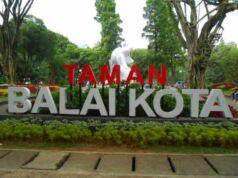 Taman Balai Kota Bandung - Bandung City Hall Park