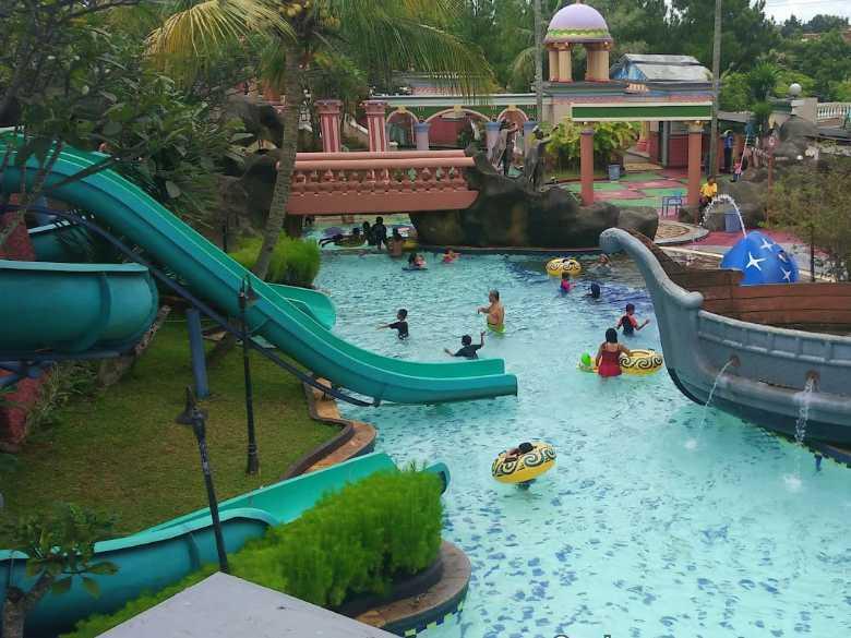 wahana marcopolo waterpark