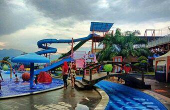 Batu Wonderland Waterpark & Resort Hotel.