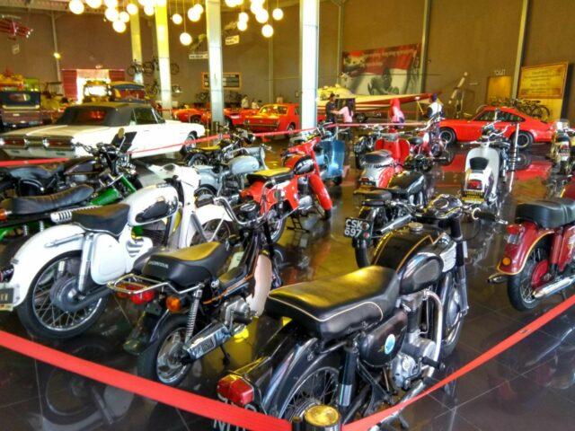 koleksi motor tua museum angkut malang