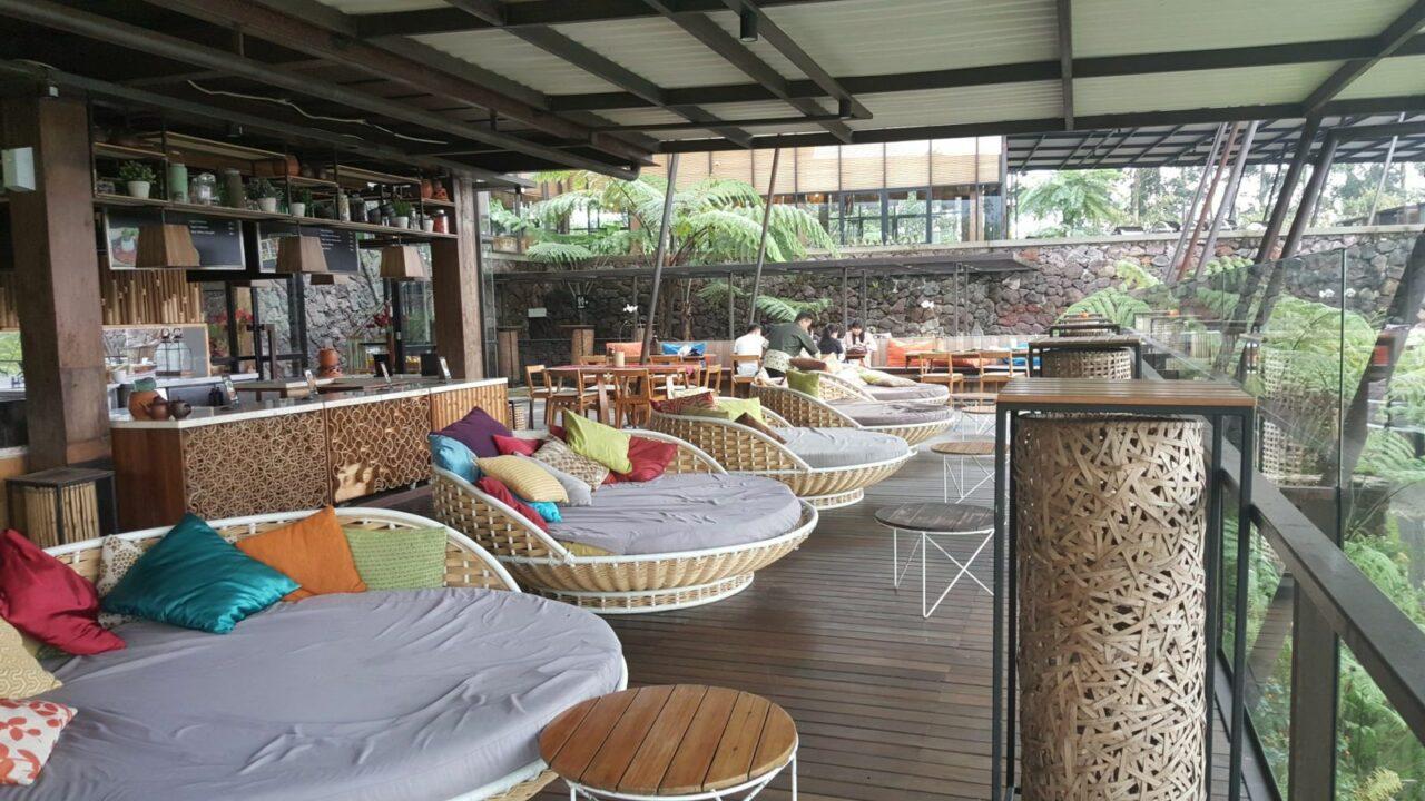 restoran dan cafe dusun bambu