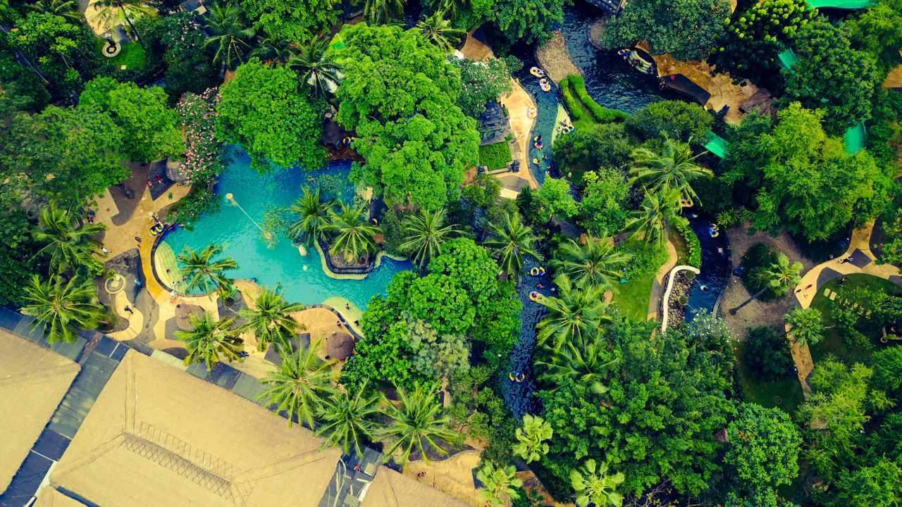 area kolam dan waterpark waterboom lippo cikarang