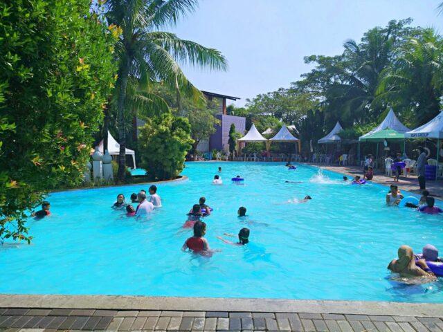 kolam dewasa dan anak venetian water carnaval