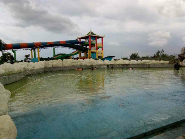 kolam ombak puri nirwana waterpark