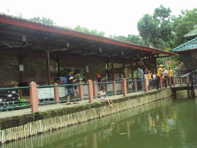 area pemancingan fishing valley bogor