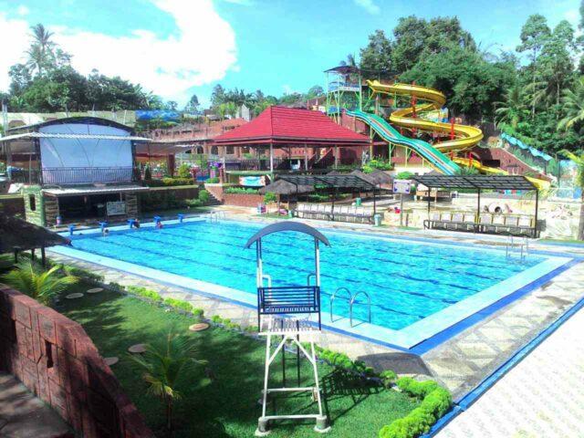 kolam olimpik slanik waterpark