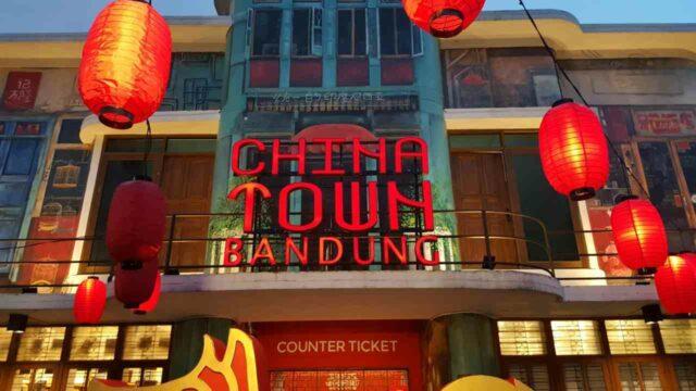 pintu masuk chinatown bandung