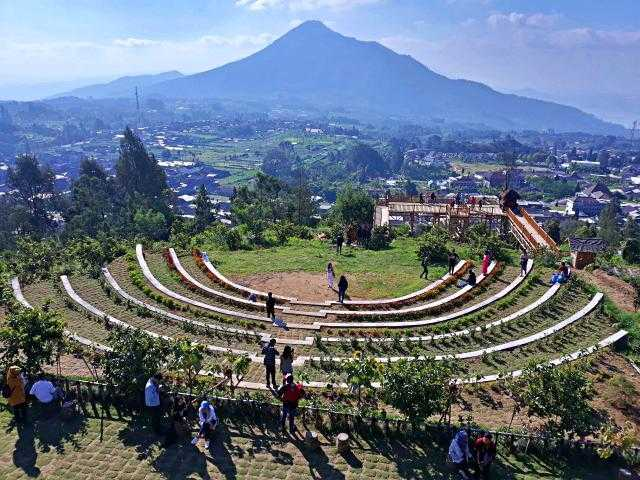 Taman Wisata Kopeng - 5 Tempat Wisata Liburan Asyik Dekat Candi Borobudur