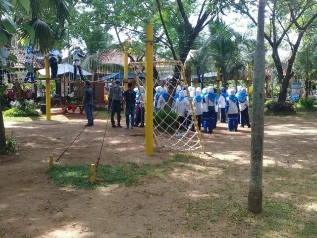 outbond dan team buliding