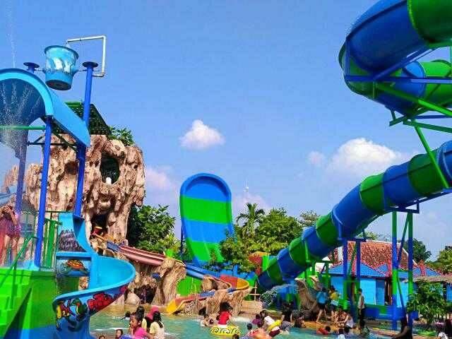 Waterboom Mulia Klambu Grobogan