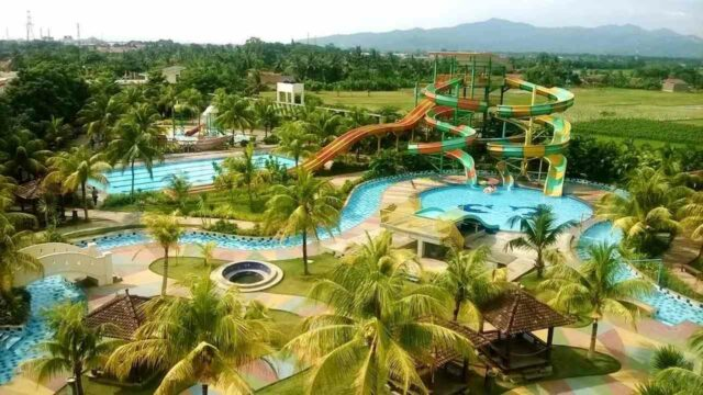 area water park dan kolam wahana