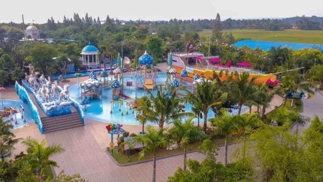area water park kolam dan wahana