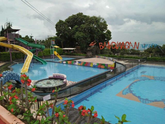waterpark new bandungan indah