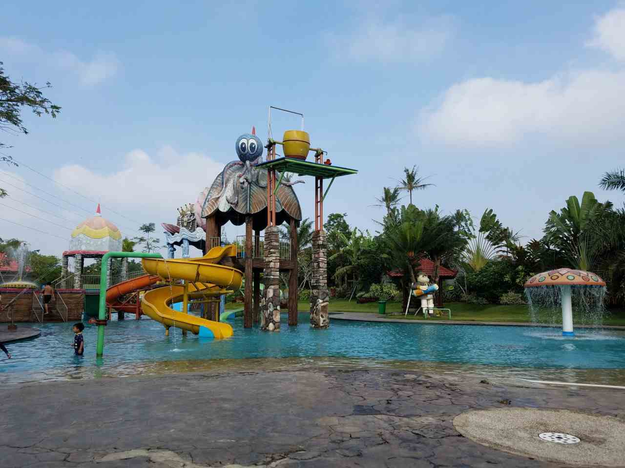 wahan anak waterpark tirtasani