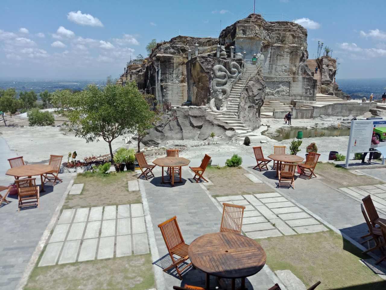 area restoran dan warung makan