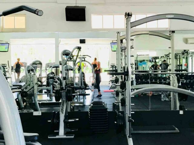 fasilitas fitness Finns Bali