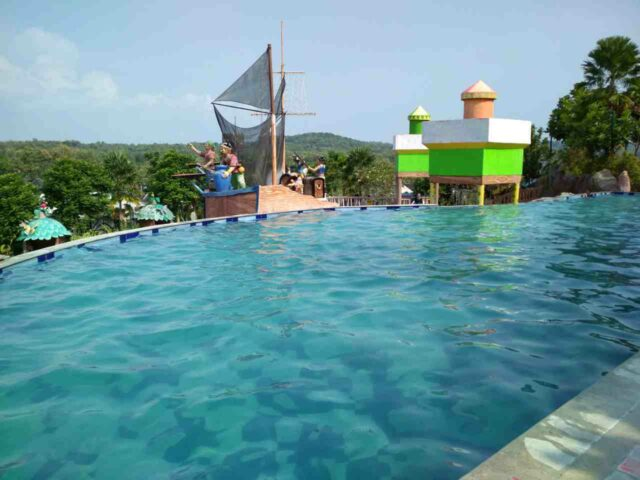 kolam dewasa infinity pool