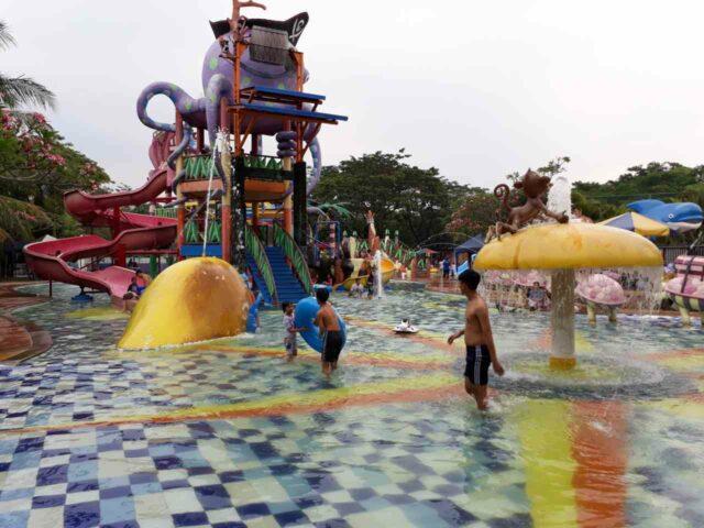 kolam wahana anak