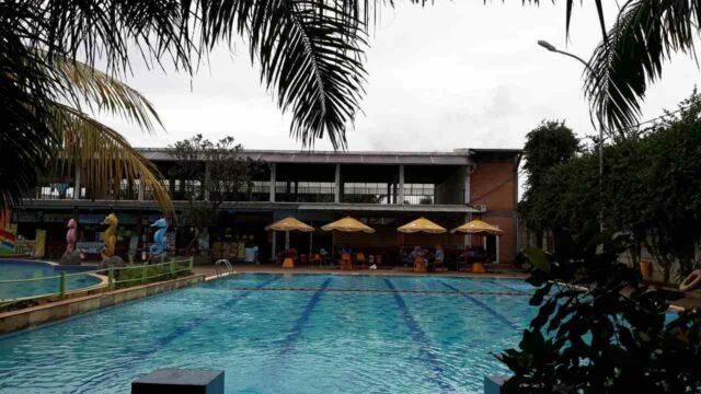 kolam renang semi olympic