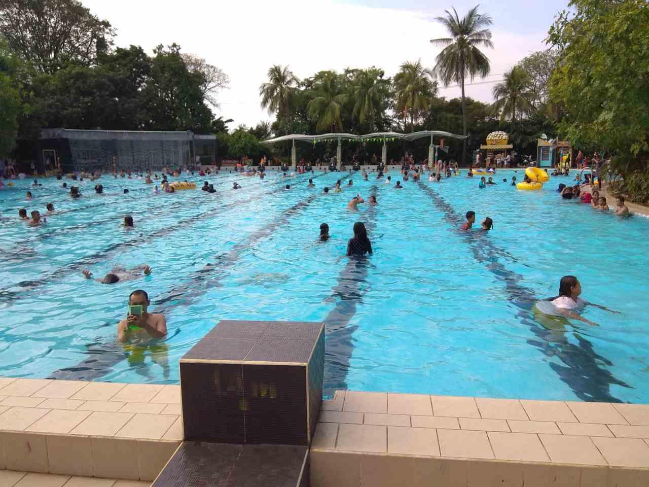 kolam tanding dengan skala olimpic