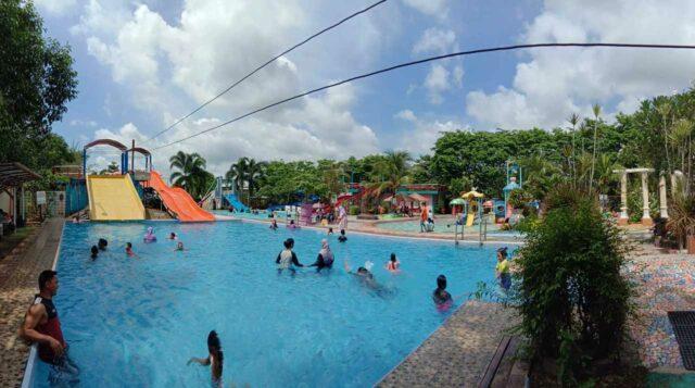 kolam bermain anak