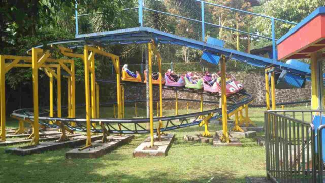 mini roller coaster yang seru