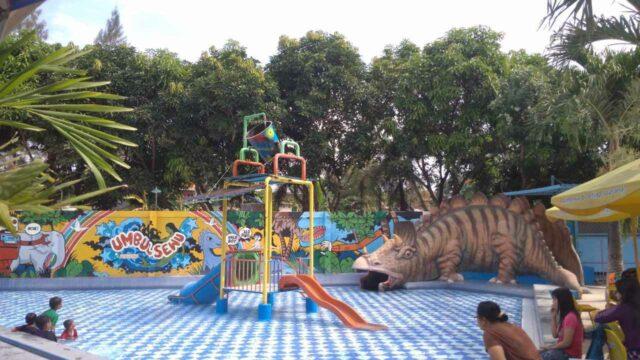 Kolam anak dan beragam wahana umbul sewu pengging