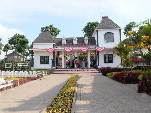 Kota Mini bisa menjadi pilihan tempat wisata di lembang yang menawarkan berbagai aktivitas untuk anak-anak.