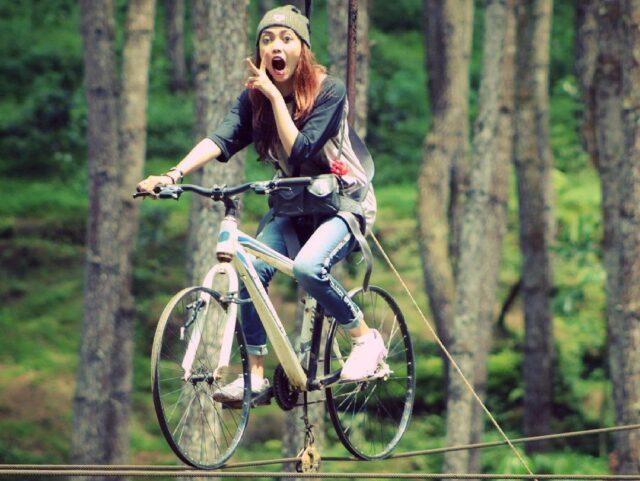foto unik sepeda gantung