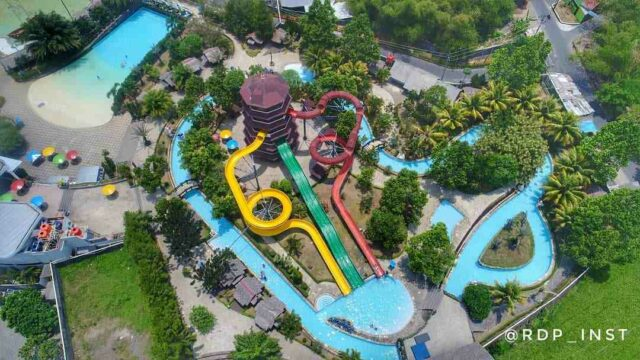 area wahana permainan air teejay waterpark