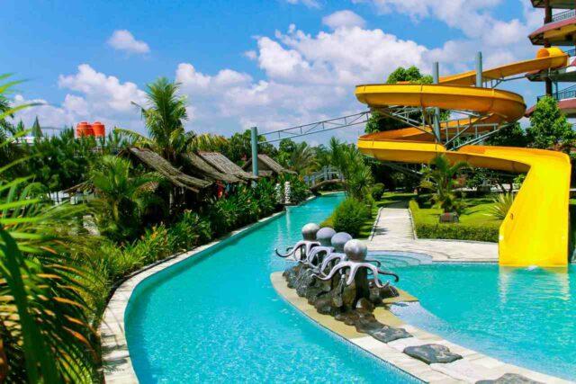 kolam berarus tenang teejay waterpark