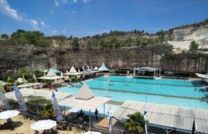 kolam renang bukit jaddih