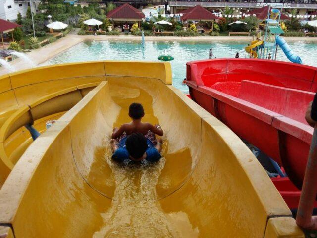 Seluncuran GPI Waterpark Manado.