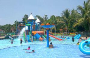 Waterpark taman wisata pasir putih