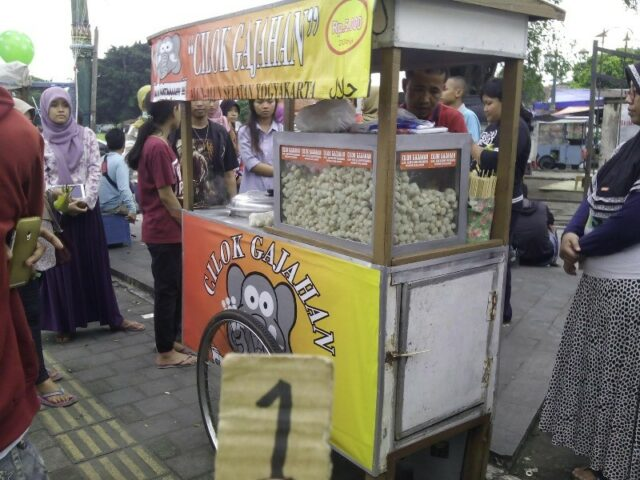 Cilok Gajahan viral di Alkid Yogyakarta