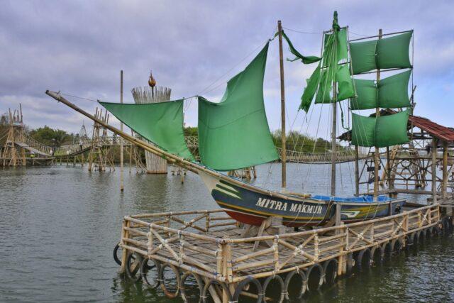 Kapal Milik Nelayan di MJAA