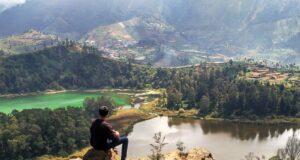 Kawasan Wisata Batu Pandang Ratapan Angin Dieng