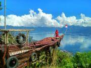 Perahu Kayu Lawang Adventure Park Agam