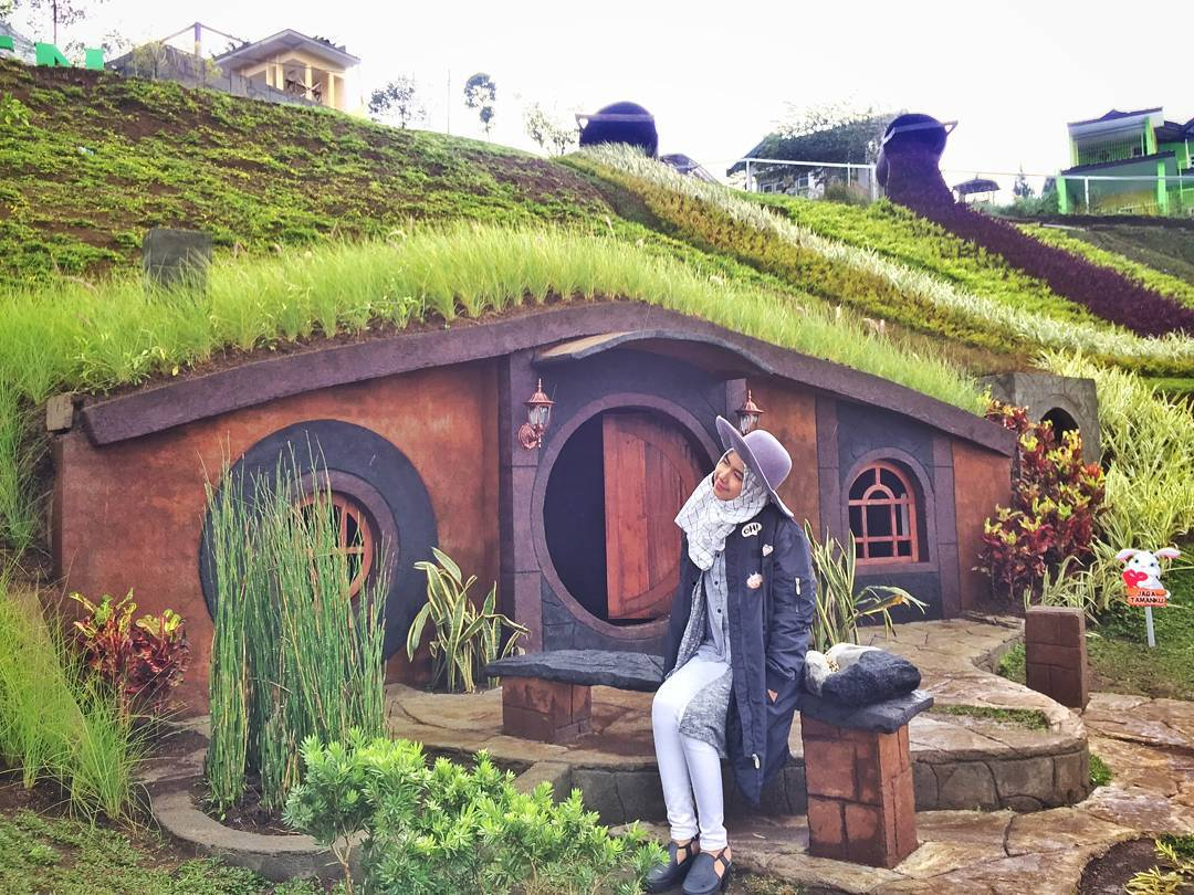 Taman Kelinci Rumah Hobbit Tiket Wahana September 2020 Travelspromo